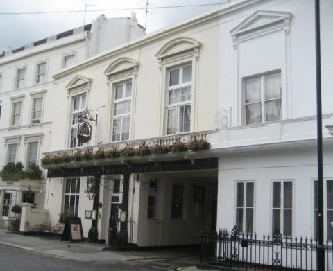 Leinster Arms, Leinster Terrace, W2